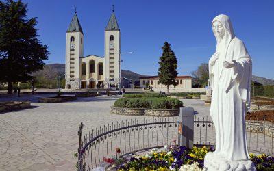 Il Papa autorizza i pellegrinaggi a Medjugorje