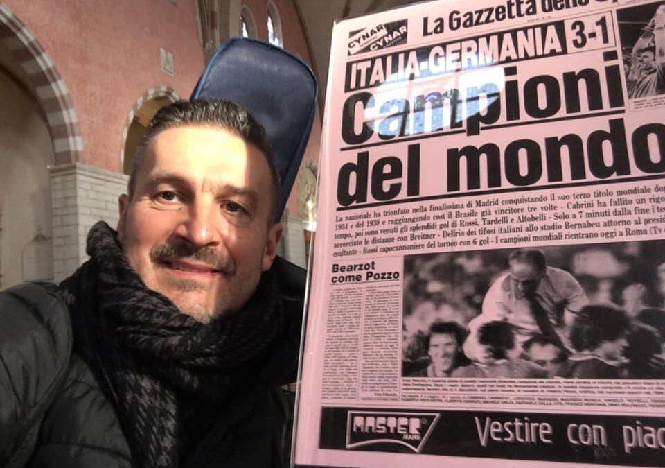 """Marco Tanduo canta all'ultimo saluto di """"Pablito"""""""